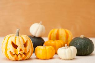 ハロウィンかぼちゃ(ジャック・オ・ランタン)の写真素材 [FYI01456477]