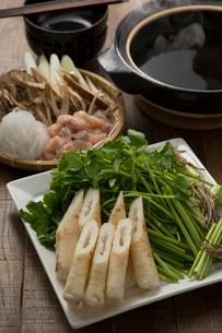 きりたんぽ鍋の食材の写真素材 [FYI01457012]