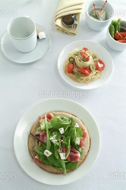 食事イメージの写真素材 [FYI01457623]
