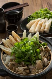 きりたんぽ鍋の写真素材 [FYI01457936]