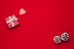 クッキーとプレゼントの写真素材 [FYI01457938]