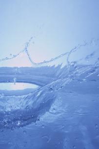 水の王冠の写真素材 [FYI01459089]
