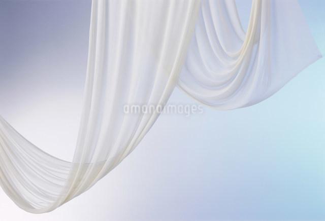 白の布のドレープの写真素材 [FYI01460053]