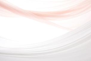 白とピンク色の布のドレープの写真素材 [FYI01460146]