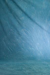 青い布の写真素材 [FYI01460406]