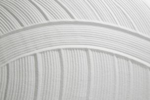 白砂で描いた曲線模様の写真素材 [FYI01460691]