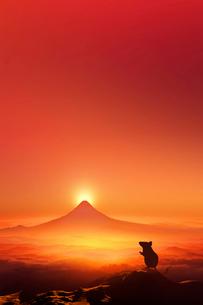 富士山の日の出とネズミのシルエットのイラスト素材 [FYI01463795]