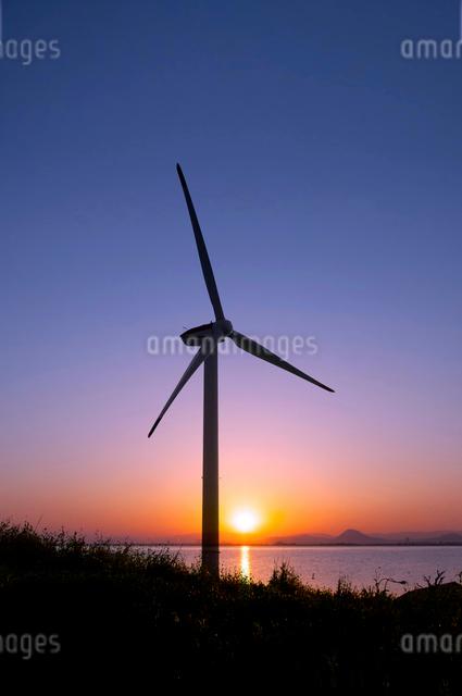 風力発電機の写真素材 [FYI01465093]