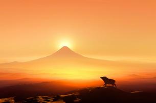 富士山の日の出とイノシシのシルエットのイラスト素材 [FYI01466157]
