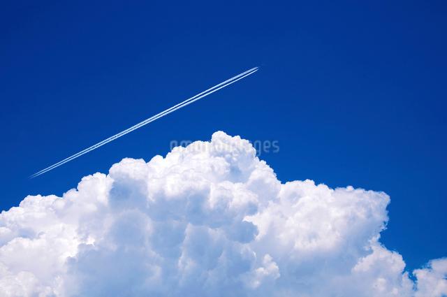 青空と入道雲の写真素材 [FYI01468662]