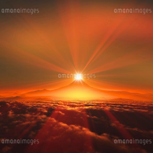 富士山の日の出の写真素材 [FYI01469447]