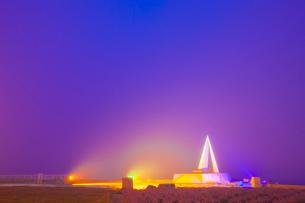 霧に霞む最北端の碑 ,宗谷岬の写真素材 [FYI01471485]