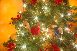 光のクリスマスツリーの写真素材 [FYI01472180]