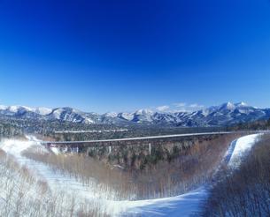 三国峠冬景色の写真素材 [FYI01472384]