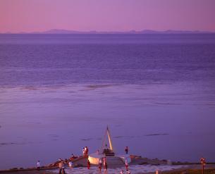 宗谷岬とサハリン遠望の写真素材 [FYI01472524]