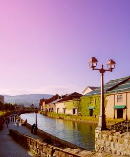 小樽運河夕暮れの写真素材 [FYI01473203]