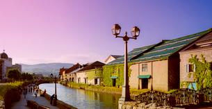 小樽運河夕暮れの写真素材 [FYI01473508]