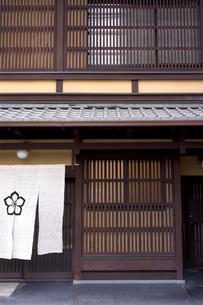 京町屋の写真素材 [FYI01474245]