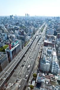 本町ビル群と大阪市街(大阪ベイエリア方面)の写真素材 [FYI01474957]