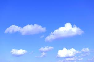 青空と雲の写真素材 [FYI01475052]