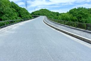 未完成の高架道路の写真素材 [FYI01475125]