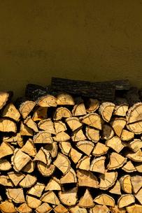 薪の写真素材 [FYI01475653]