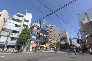地下鉄早稲田駅前交差点の写真素材 [FYI01477095]
