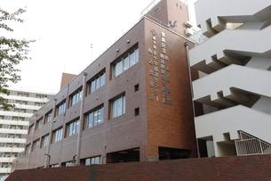 豊島区立駒込図書館の写真素材 [FYI01477251]