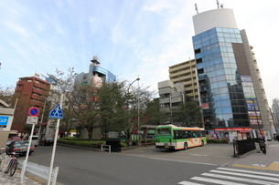 駒込駅南口ロータリーの写真素材 [FYI01477532]