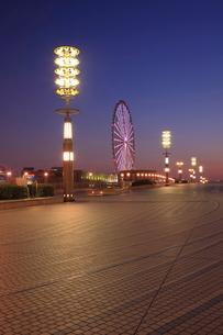 夢の大橋の夜景の写真素材 [FYI01478099]