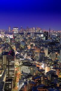 恵比寿から渋谷新宿方面の夜景の写真素材 [FYI01478149]