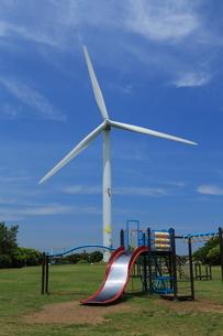 風力発電の風車の写真素材 [FYI01478389]