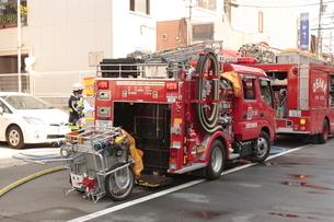 大阪市消防局の消防車 ポンプ車の写真素材 [FYI01479162]