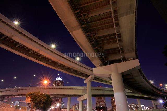 有明ジャンクションの夜景の写真素材 [FYI01479693]