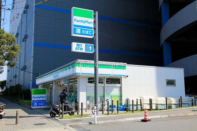ファミリーマート 大田DC店の写真素材 [FYI01483439]