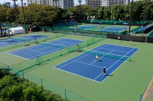 有明テニスの森公園テニスコートの写真素材 [FYI01483813]
