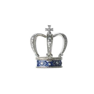 白い背景の王冠の写真素材 [FYI01484892]