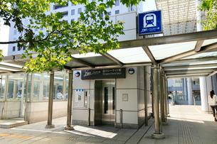品川シーサイド駅 エレベーター出入口の写真素材 [FYI01485269]