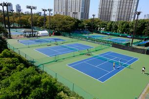 有明テニスの森公園テニスコートの写真素材 [FYI01485940]