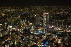 名駅クリスマスイルミネーション(タワーズライツ) 夜景空撮の写真素材 [FYI01489970]