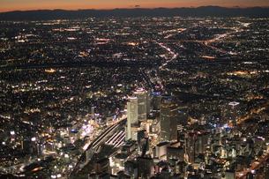 名古屋駅 ビル郡 夜景の写真素材 [FYI01490399]