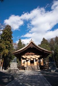 諏訪大社下社秋宮神楽殿の写真素材 [FYI01491500]