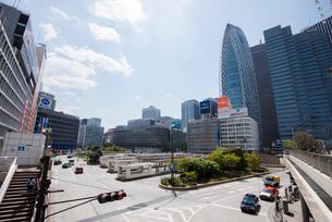 東京風景新宿駅前の写真素材 [FYI01492427]