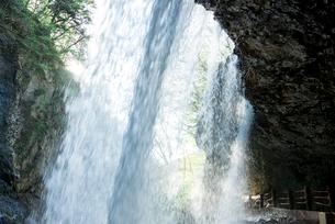 雷滝の写真素材 [FYI01493650]