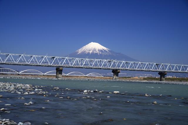 富士川と富士山の写真素材 [FYI01496069]