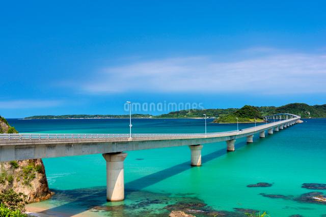 角島大橋の写真素材 [FYI01497048]