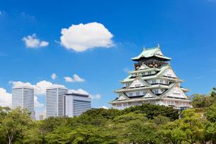大阪城と大阪ビジネスパークの写真素材 [FYI01497067]