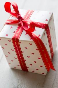 バレンタインのギフトボックスの写真素材 [FYI01498815]