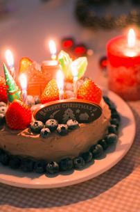 チョコレートクリスマスケーキの写真素材 [FYI01499492]
