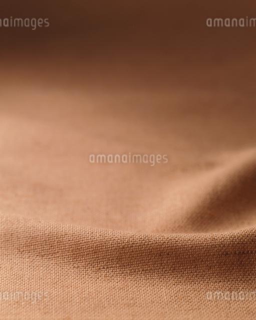 麻のドレープ(アンバー)の写真素材 [FYI01501924]